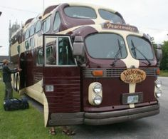 Vintage Custom Bus. The base is a 1955 GMC Greyhound Scenicruiser, while the top is crafted from a 1949 AeroCoach.