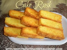A delicious double baked cake bar for breakfast or teatime. Cake Rusk *********** Recipe by Shireen Anwer ( Masala TV ) Makes : 24 . Homemade Cake Recipes, Quick Recipes, Cake Rusk Recipe, Indian Cake, Indian Sweets, Masala Tv Recipe, Food Therapy, Sweets Recipes, Desserts