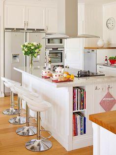 Jurnal de design interior - Amenajări interioare : Amenajare practică într-o bucătărie de 25 m²