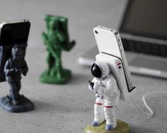 If you like astronauts then this is the awesome gift for you that will hold your smartphone or i-phone while charging or watching videos and add an amazing touch to your workplace. It's enough strong to hold any smartphone or small tab and made with solid Polyresin. Price $18.58