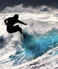 I wish I knew how to surf.