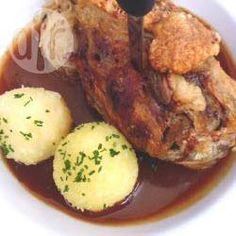 Schweinsstelze (Schweinshaxe) @ de.allrecipes.com