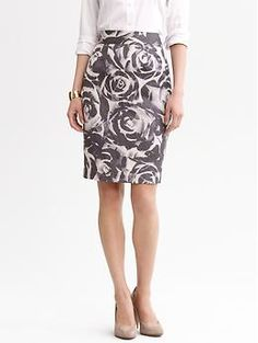 Banana Republic abstract floral pencil skirt in dusty grey-purple ~ Type 2/4 (T2 colors & soft-edged print with T4 influence in the sleek pencil skirt lines)