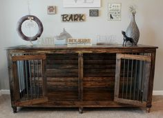 Beautiful double kennel by Red Dog Customs