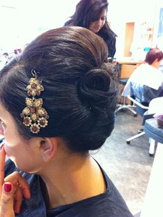 Indian wedding hair with beautiful jewels xx