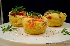 Für alle Italien-Fans ein leckeres Forcaccia Brot mit Tomaten, Schinken, Käse und Rosmarin. Traditionell ist Forcaccia ein Hefeteiggebäck mit Öl,