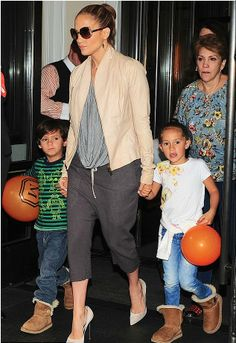 Jennifer Lopez w/ Max & Emme