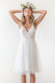 20 Short & Sweet Wedding Dresses from Etsy | SouthBound Bride | http://www.southboundbride.com/20-stylish-short-wedding-dresses | Credit: Blush Fashion