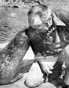 Andre the Seal and trainer Harry Goodridge in Rockport, Maine.
