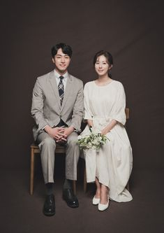 Pre Wedding Photoshoot, Wedding Poses, Wedding Shoot, Wedding Couples, Dream Wedding, Marriage Poses, Korean Wedding Photography, Elegant Couple, Wedding Scene