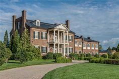 10 of the MOST EXPENSIVE Lake Homes in Tennessee