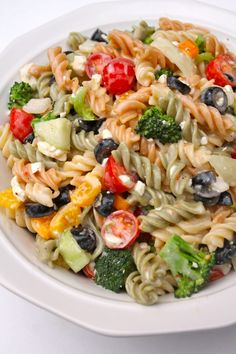 Best Pasta Salad Recipes is One Of Favorite Salad Of Numerous People Across the World. Besides Simple to Make and Great Taste, This Best Pasta Salad Recipes Also Health Indeed. Italian Pasta Recipes, Pasta Salad Italian, Pasta Salad Recipes, Pasta Dishes, Food Dishes, Pesto Vegan, Cookout Side Dishes, I Heart Recipes, Spiral Pasta