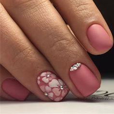 Having short nails is extremely practical. The problem is so many nail art and manicure designs that you'll find online Cute Nails, Pretty Nails, Hair And Nails, My Nails, Floral Nail Art, Flower Nails, Creative Nails, Perfect Nails, Nail Arts