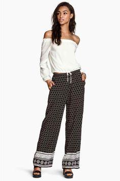 H&M Wide trousers Flare, Bohemian Style Dresses, Pantalon Large, Wide Leg Trousers, Vintage Looks, Kids Fashion, Fashion Ideas, Women's Fashion, Coachella