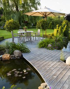 Garten & Landschaft ›Volker Michael - What You Need To Know About Gardening Back Gardens, Outdoor Gardens, Design Jardin, Traditional Landscape, Modern Traditional, Garden Cottage, Terrace Garden, Garden Oasis, Garden Pool