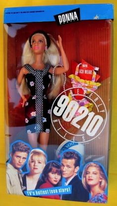 Donna doll from 90210 25 Dolls From TV Shows You'll Never Play With Again Barbie Toys, Barbie Life, 90s Childhood, Childhood Memories, Barbie Celebrity, 90s Tv Shows, 90s Nostalgia, Barbie Collection, 90s Kids