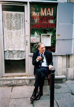 William Eggleston - Paris 2006-2008  The way the man is posed is quite interesting, even though he most likely does not know the photo is being taken, he looks quite poised and like a rich gentleman out of his context.