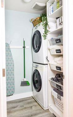 Laundry Room Layouts, Laundry Room Organization, Laundry Room Design, Ikea Pax, Small Laundry Area, Small Laundry Closet, Small Utility Room, Laundry Basket Storage, Laundry Cupboard
