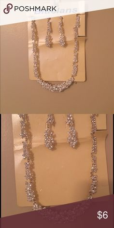 Glitzy Necklace and Earrings. Flashy Necklace and matching earrings Jewelry Necklaces