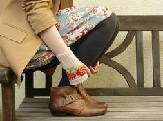 Short Fairisle Fingerless Gloves Patterned Red Rose Wrist Warmers in Putty and Tartan Scarlet
