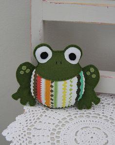 Felt froggy