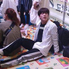 Boyfriend Photos, Korea Boy, When You Smile, K Idol, Korean Artist, Look Alike, Theme Song, Taekwondo, Boyfriend Material