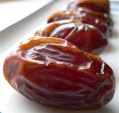Dates are an ideal food for improved energy and brain function. Dates are a good source of vitamin A & B-complex and they are rich in minerals such as iron, calcium, manganese, copper, and potassium. Dates are known to help build bone and muscle strength and have been used for thousands of years by athletes to improve physical endurance, agility, and stamina.