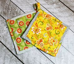 The Stitching Scientist: How to make Pot Holders