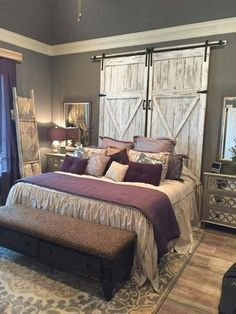 39 Rustic farmhouse bedroom design and decor ideas to make your bedroom . 39 Rustikale Bauernhaus Schlafzimmer Design und Dekor-Ideen, um Ihr Schlafzimmer… 39 Rustic farmhouse bedroom design and decor ideas to transform your bedroom Diy Casa, Farmhouse Master Bedroom, Bedroom Rustic, Modern Bedroom, Purple Master Bedroom, Rustic Room, Master Bedrooms, Country Girl Bedroom, Dream Bedroom