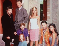 Most of the cast found out the show was ending from Entertainment Weekly - 33 Fun Facts About 'Buffy the Vampire Slayer' | mental_floss