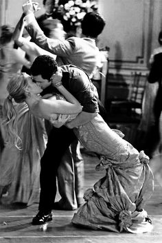 Planning on a romantic kiss to get an adorable photo? Be sure to practice beforehand to make sure no one gets dropped!