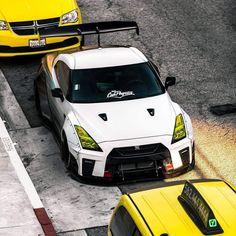 Gtr 35, Nissan Gtr R35, Liberty Walk, Top Cars, Japanese Cars, Nice Cars, Car Car, Sport Cars, Concept Cars
