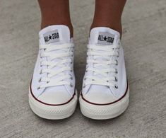 Uploaded by Justine. Find images and videos about love, fashion and cute on We Heart It - the app to get lost in what you love. All Star, Tenis Converse, Star Wars, New Wardrobe, Chuck Taylor Sneakers, Shoe Game, Dress To Impress, Cool Style, Stylish