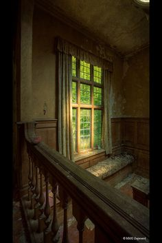 Potter's Manor, England