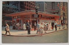 TIMES SQAURE 1955 Tourist Info Center POSTCARD VINTAGE NEW YORK CITY