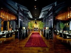 Three venues — a restaurant, bar and outdoor lounge opening onto the Arabian Sea — Buddha Bar is famed for its unique food, eclectic atmosphere and chilled sounds. The restaurant serves a fusion of sushi, Chinese and Thai food, and the bar plays host to Dubai's stylish crowds.