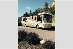 2007 National RV Tropical for sale by owner on RV Registry http://www.rvregistry.com/used-rv/1010066.htm