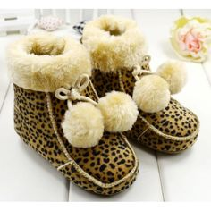 Sale 11% (8.28$) - Baby Girls Warm Cutton Lined Suede Creep Boots Soft-Soled Shoes