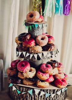 A Three-Tiered Wedding Donut Tower Nontraditional Wedding Cake Ideas Doughnut Wedding Cake, Wedding Donuts, Wedding Desserts, Doughnut Cake, Fruit Wedding, Donut Bar, Brunch Wedding, Party Wedding, Alternative Wedding Cakes