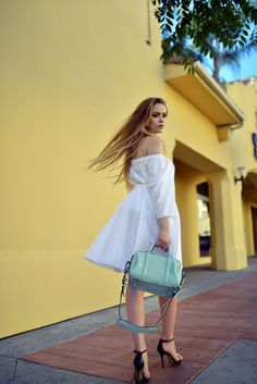 off shoulder dress 2017 with doctors bag