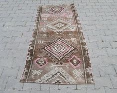 homevintagerug full of pretty vintage rugs by homevintagerug Rug Runner, Rugs On Carpet, Pink Rug, Handmade Turkish Rugs, Organic Rug, Handmade Rugs, Rugs, Hallway Rug, Bohemian Rug