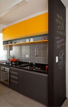 Touche de jaune dans un appartement de Sao Paulo (9)