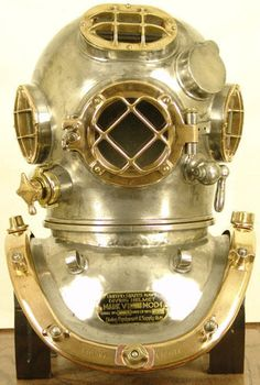 Antique Diving Helmets - DESCO MK V, 1951,