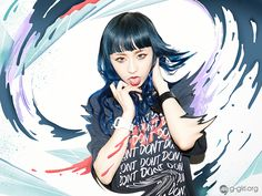 グラフィックガール Director : KASICOPhoto : Genki Ito