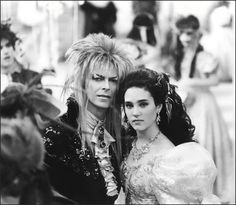 A rare photo of David Bowie and Jennifer Connelly behind the scenes