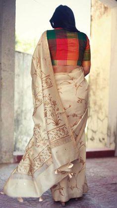 Ideas for fashion outfits elegant blouses Saree Jacket Designs, Silk Saree Blouse Designs, Fancy Blouse Designs, Blouse Patterns, Stylish Blouse Design, Saree Trends, Saree Models, Casual Saree, Saree Look