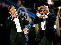 #Smoking, #Esmoquin, #Tuxedo... Hay muchas formas de decirlo pero todas hacen referencia  uno de los basicos de la moda masculina en la imagen Justin Timberlake y Jay-Z