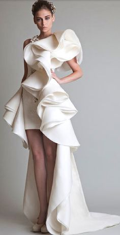 Sculptural Fashion -
