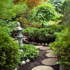 A Japanese garden demonstrates how seemingly simple techniques and thoughtful design can help you relax and let go of stress.