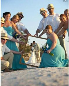 Awesome wedding photo of the bride, groom, and wedding party!